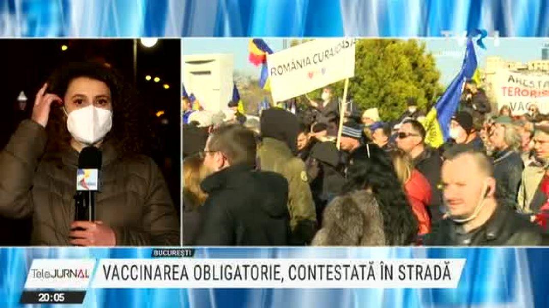 TVR, 7.03.2021: Proteste cu mii de oameni față de vaccinarea obligatorie în București la Parlament ș