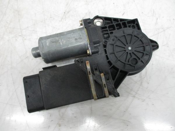 Motor do Elevador da Porta Frente Esq (20161847).