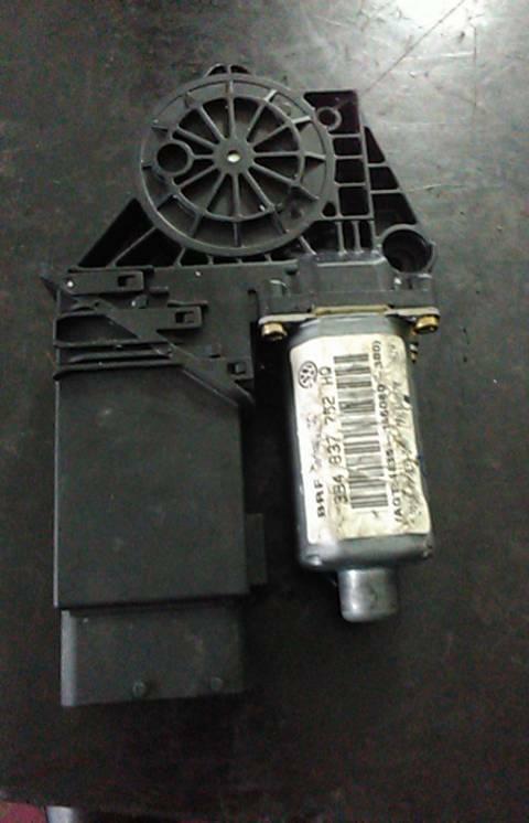 Motor do Elevador da Porta Frente Dto (20148249).