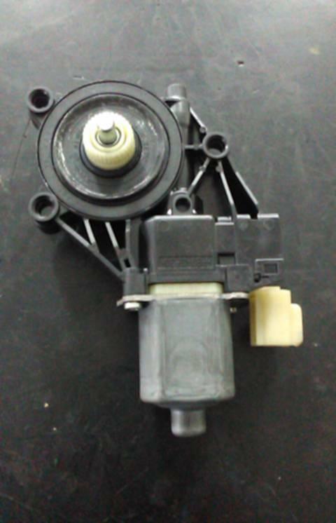 Motor do Elevador da Porta Frente Dto (20148262).