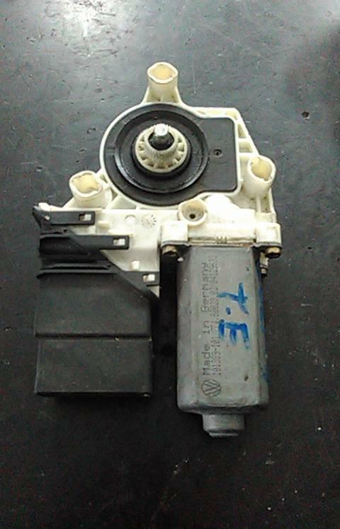 Motor do Elevador da Porta Tras Esq (20148383).
