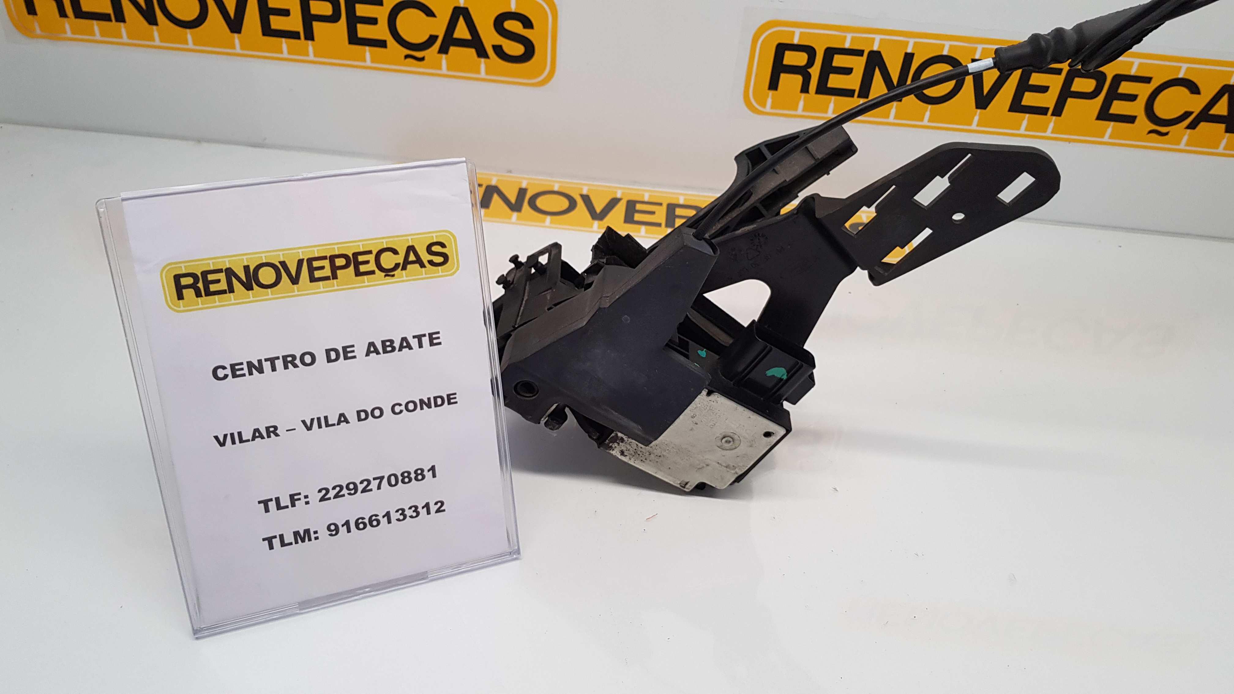 Fecho da Porta Trás Esq (20161740).