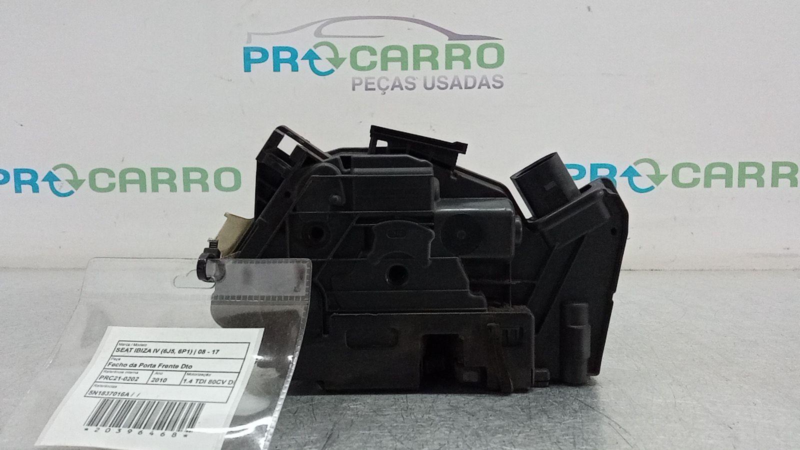 Fecho da Porta Frente Dto (20396468).
