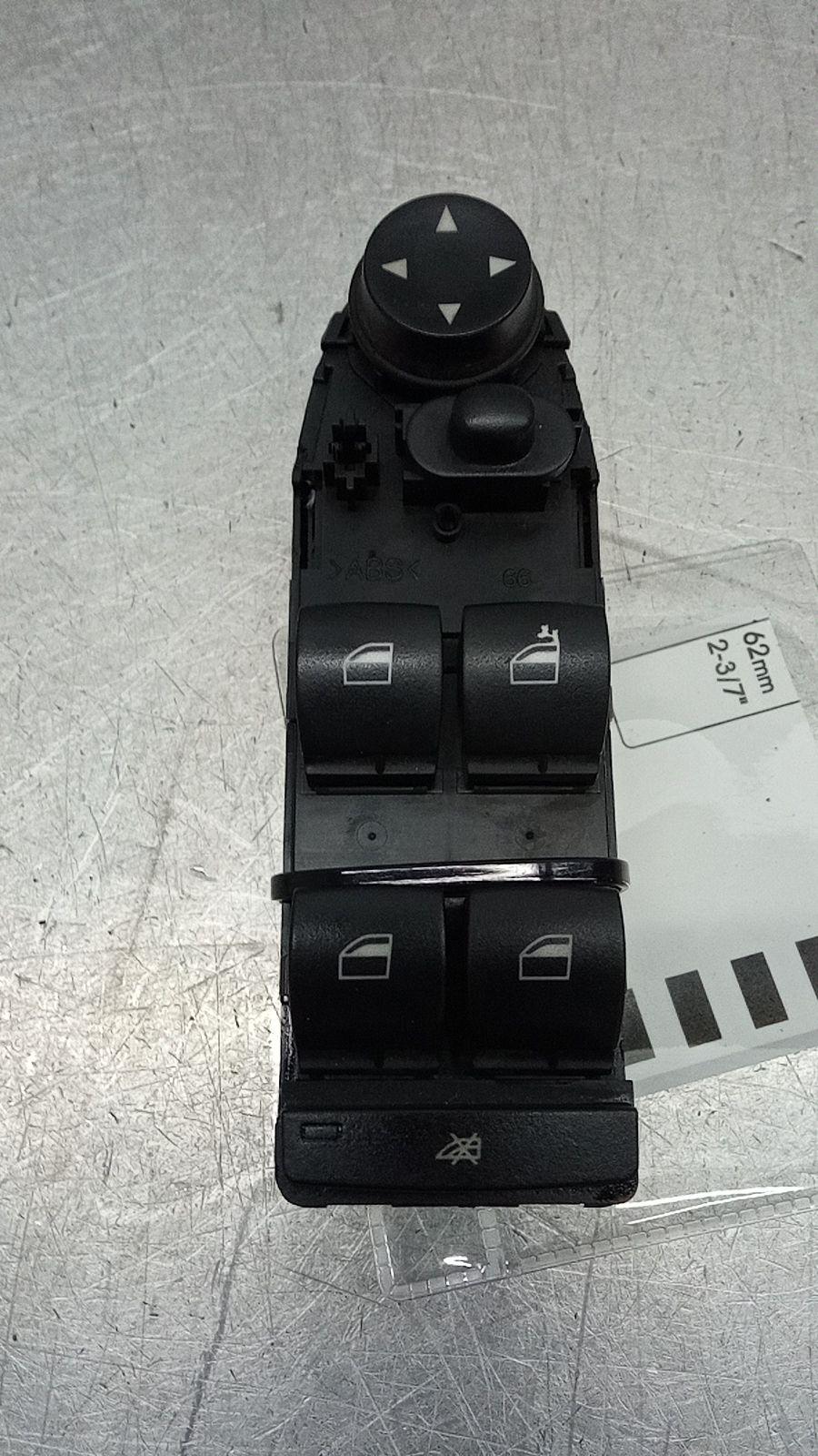 Interruptores dos Vidros Frt Esq (20396940).
