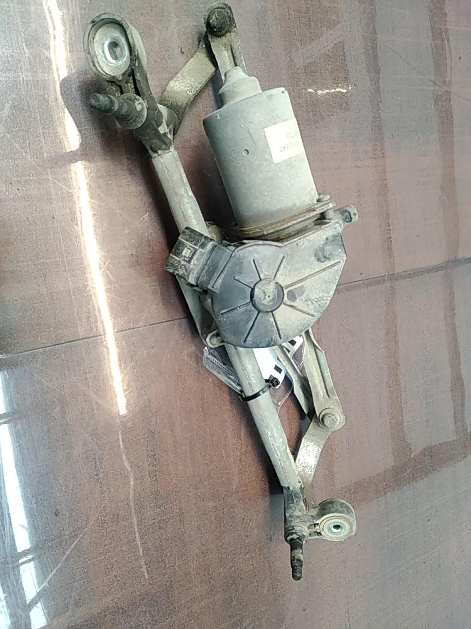 Motor Limpa Pára-brisas Central (20402134).