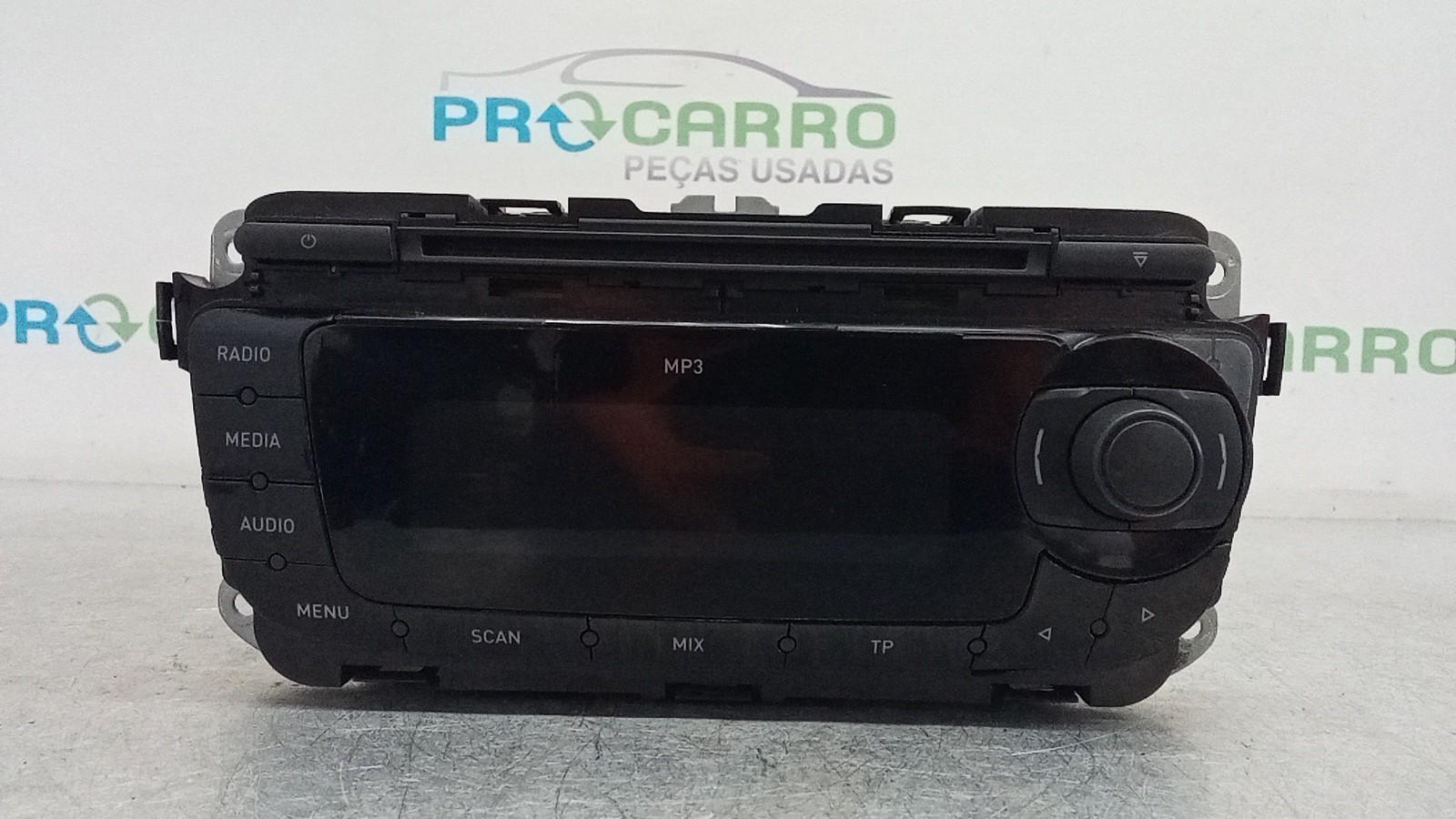 Auto Rádio (20402215).