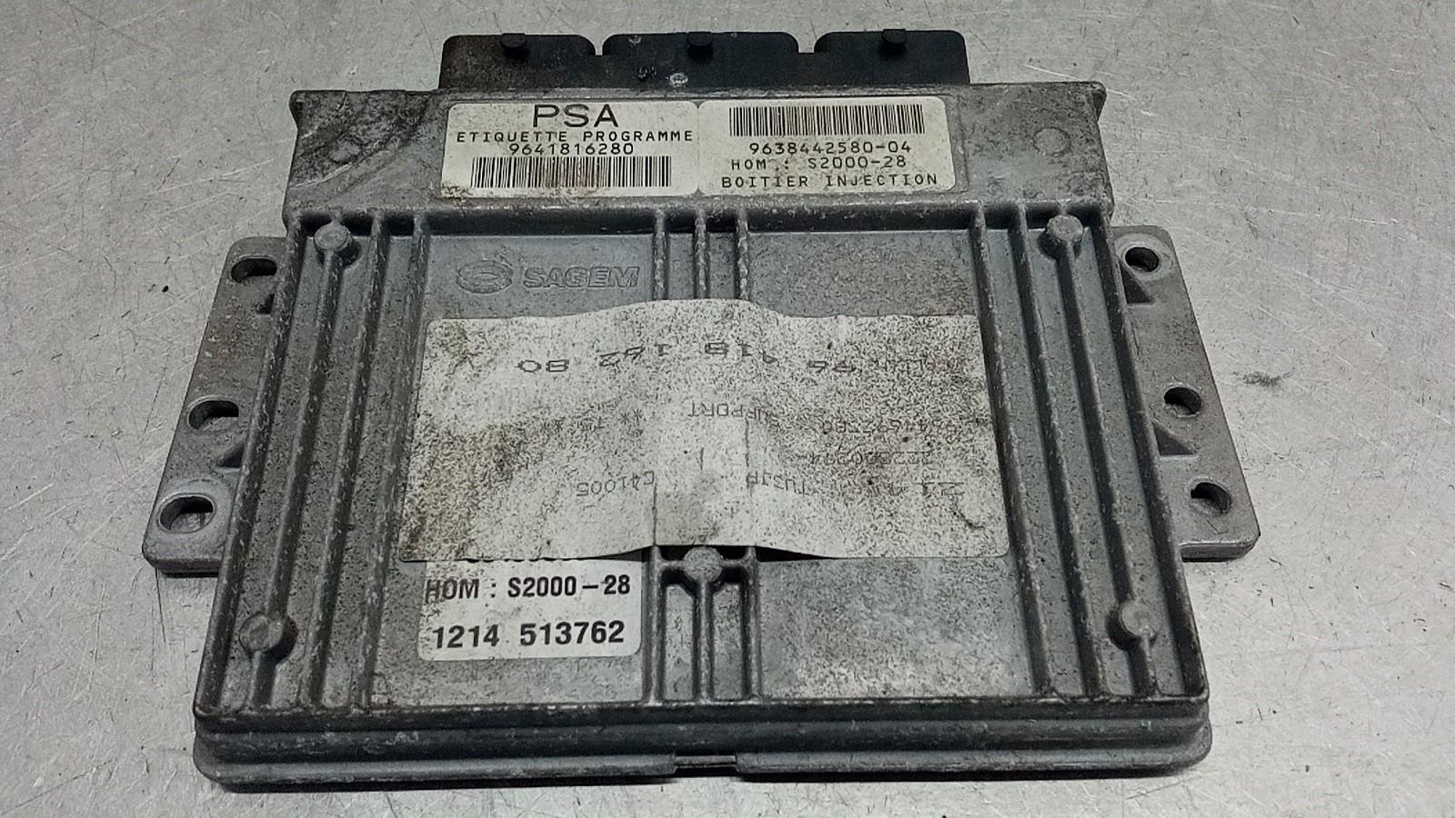 Centralina do Motor (20404421).