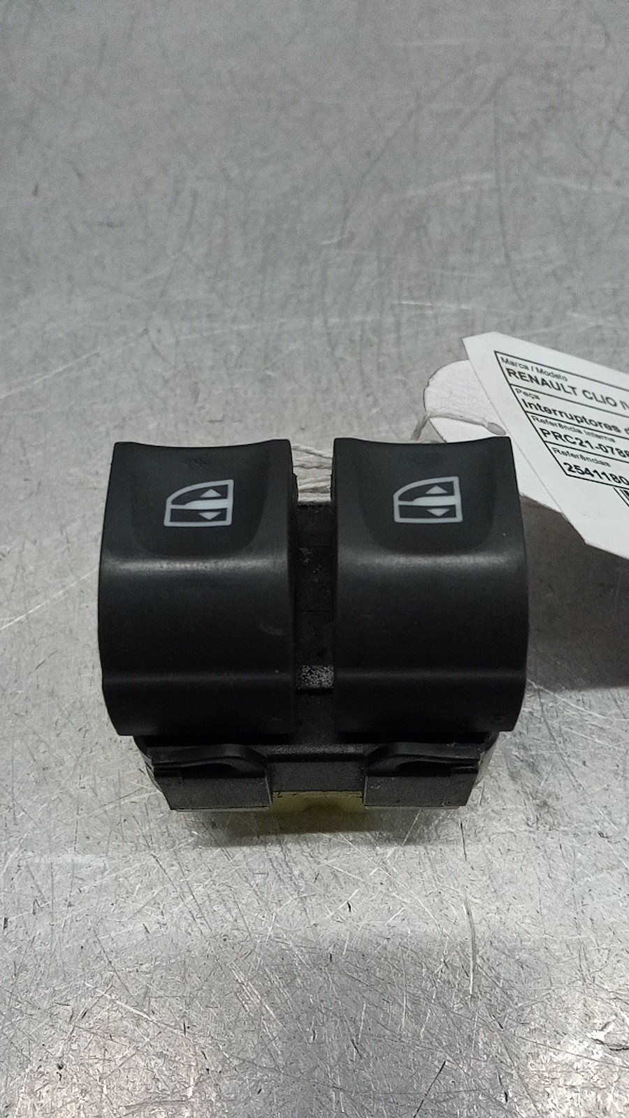 Interruptores dos Vidros Frt Esq (20411334).