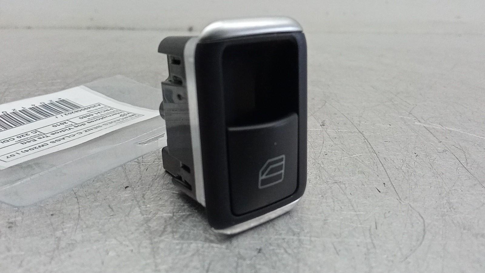 Interruptores dos Vidros Trs Esq (20412061).