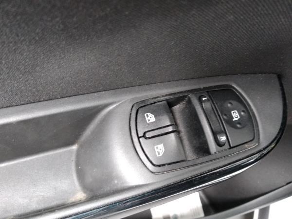 Interruptores dos Vidros Frt Esq