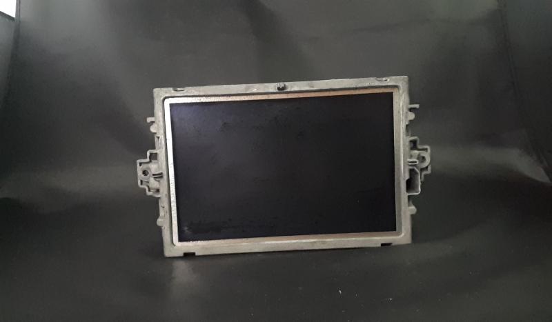Display (68061).