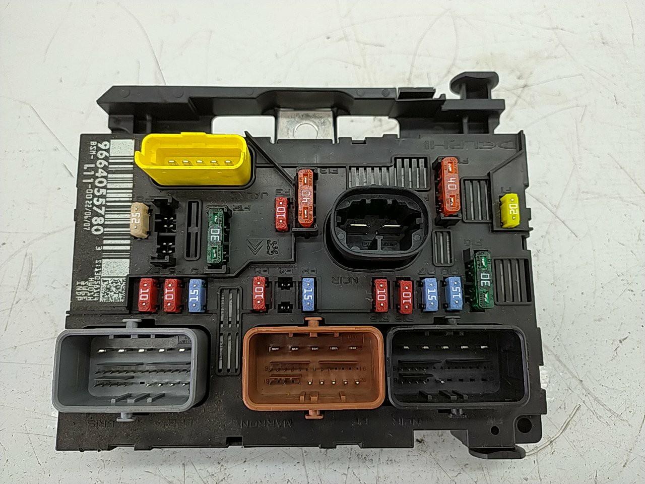 BSM caixa fusiveis (20252742).