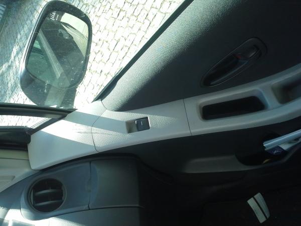 Interruptor vidro porta passageiro (20203558).