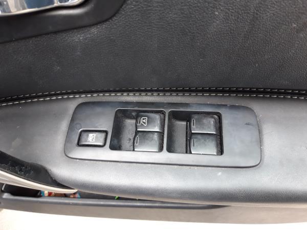 Interruptor vidros porta cond/pass (20242902).