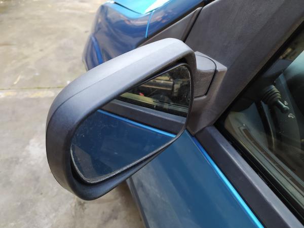 Espelho retrovisor manual esquerdo