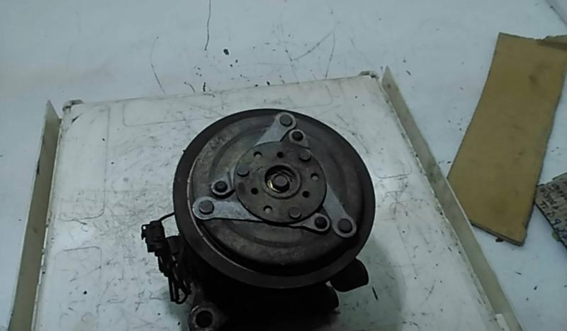Compressor Ar condicionado (111222).