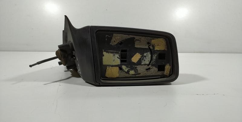 Espelho retrovisor manual direito (123238).