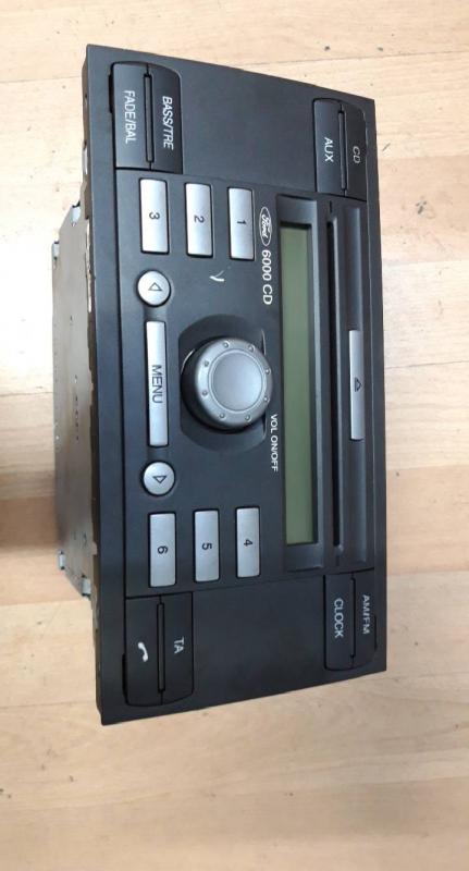 Auto radio cd (20193715).