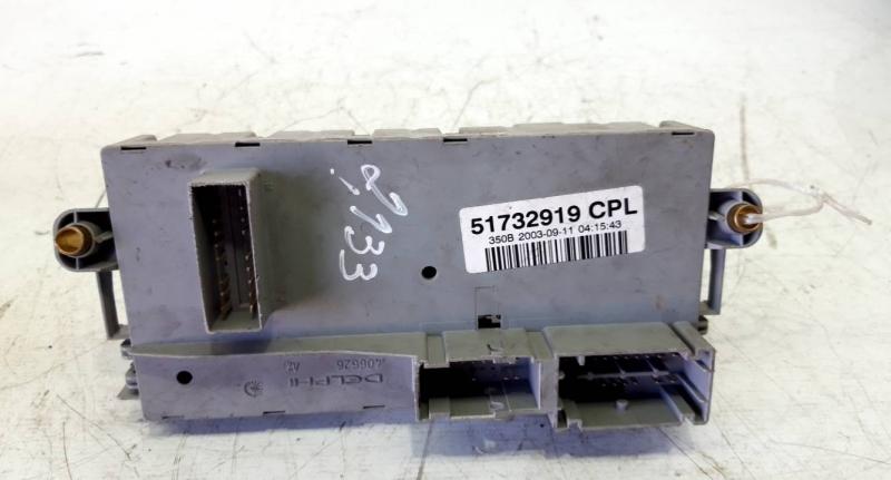 Caixa fusiveis (20230934).