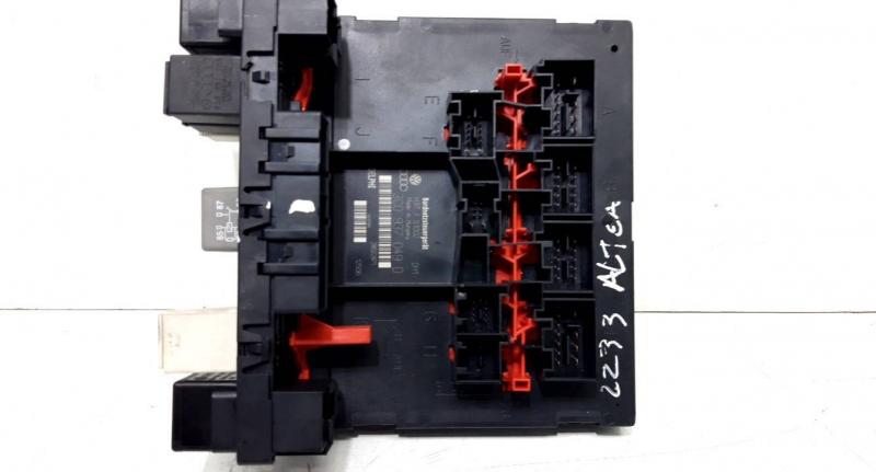 Caixa fusiveis (20233972).