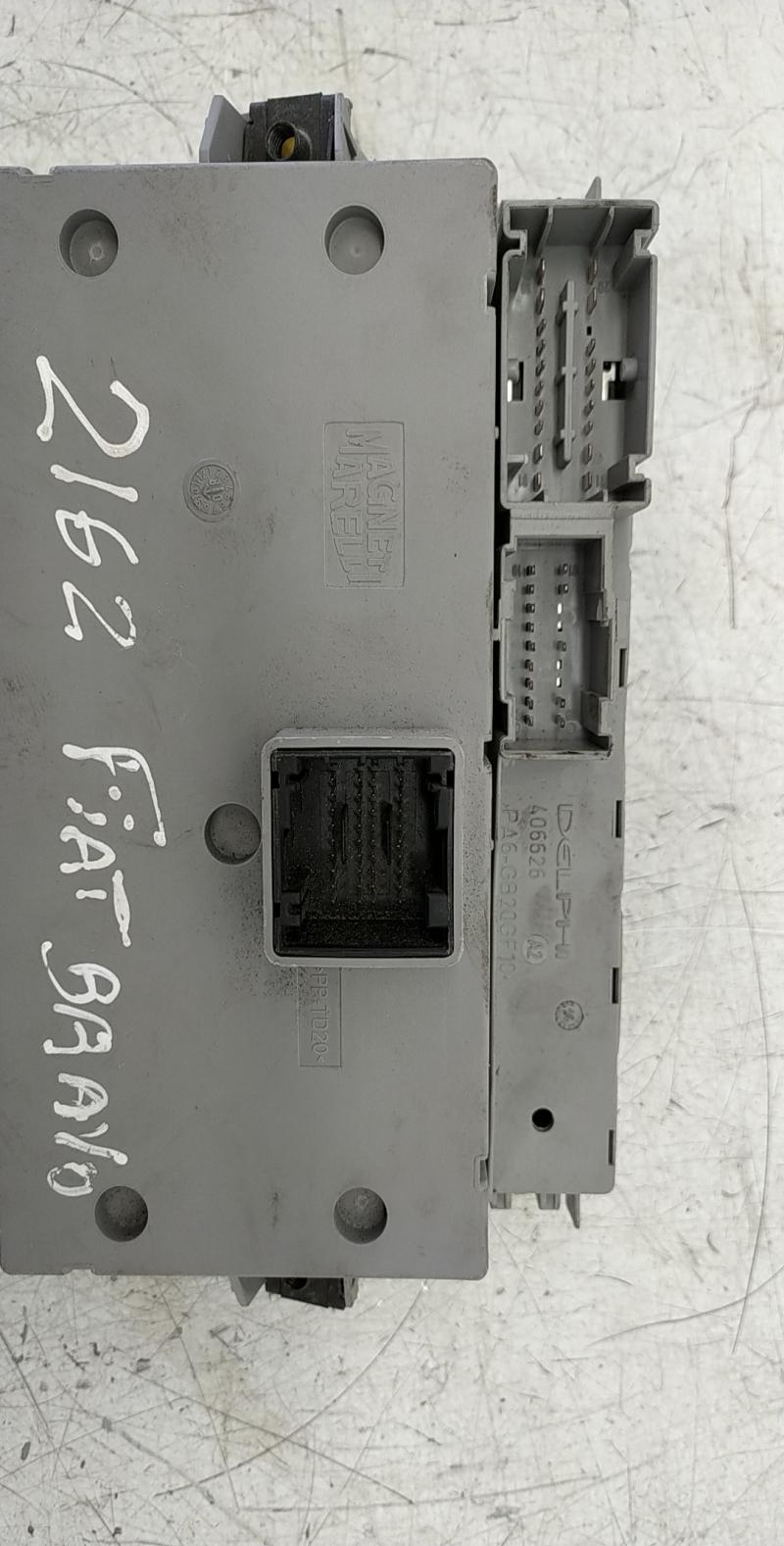 Caixa fusiveis (20247913).