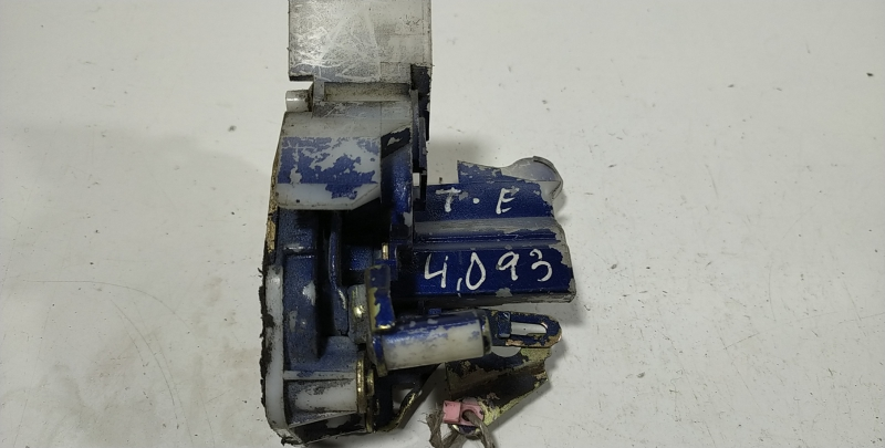 Fecho porta  tras esquerdo (20248422).