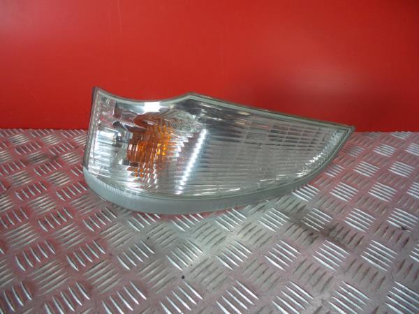 Farolim de Pisca Frente Esq MITSUBISHI CANTER Camião de plataforma/chassis (FB_, FE_, FG_)   01 -