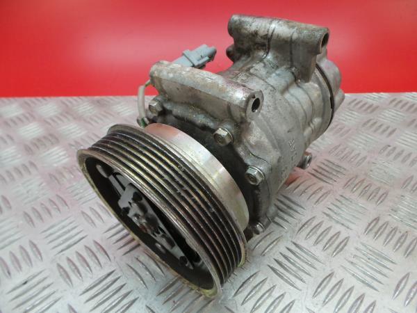 Compressor do Ar Condicionado NISSAN JUKE (F15)   10 -