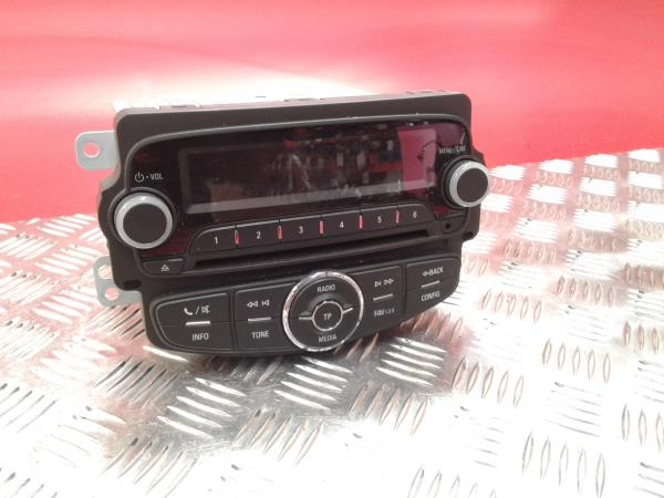 Auto-rádio (CD) OPEL CORSA E Van (X15) | 14 -