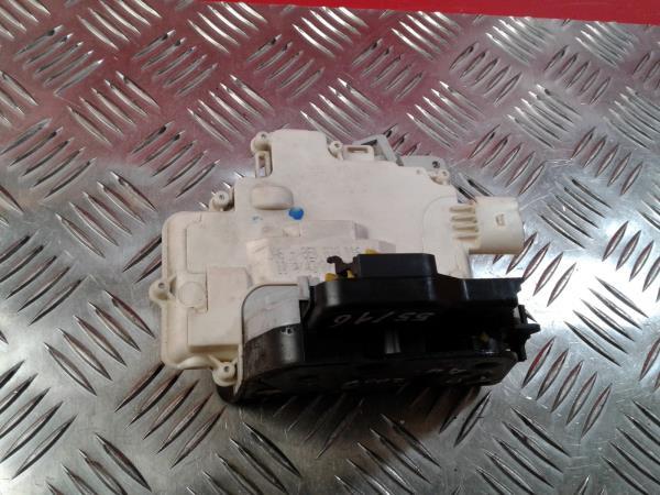 Fecho da Porta Trás Dto AUDI A4 (8EC, B7) | 04 - 08