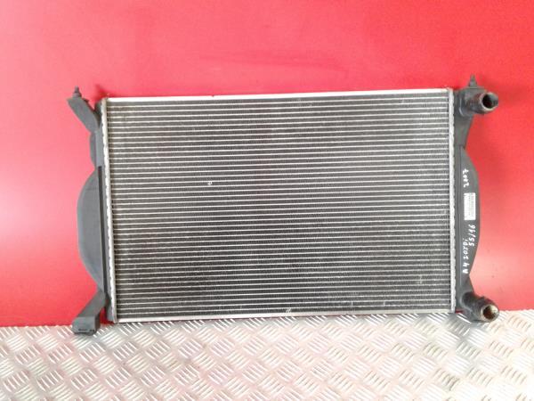 Radiador da água AUDI A4 (8EC, B7)   04 - 08