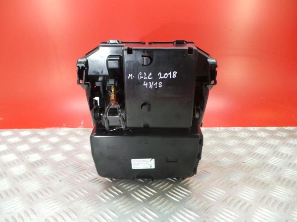 Cinzeiro MERCEDES-BENZ GLC (X253)   15 -