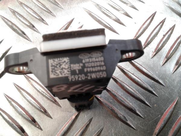 Sensor de Impacto HYUNDAI SANTA FÉ III (DM, DMA) | 12 -