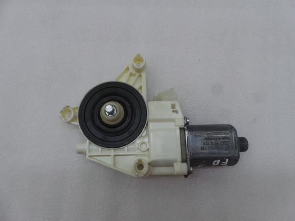 Motor Elevador Frente Direito MERCEDES-BENZ E-CLASS (W212)   09 - 16