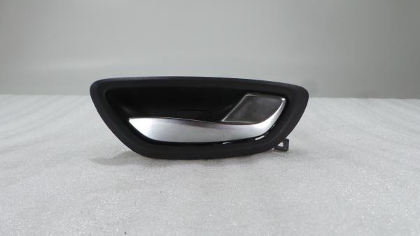 Punho Interior RENAULT MEGANE IV Sporter (K9A/M/N_)   16 -