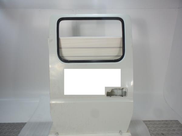 Porta Tras Esquerda MITSUBISHI CANTER Camião de plataforma/chassis (FB_, FE_, FG_) | 01 -