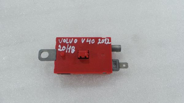 Modulo da Antena VOLVO V40 Hatchback (525, 526) | 12 -