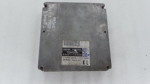 Centralina do Motor   ECU TOYOTA DYNA Camião de plataforma/chassis (KD_, LY_, _Y2_, _U3_, _U4_)   01 -