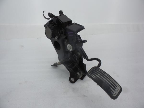 Pedal Acelerador TOYOTA DYNA Camião de plataforma/chassis (KD_, LY_, _Y2_, _U3_, _U4_) | 01 -