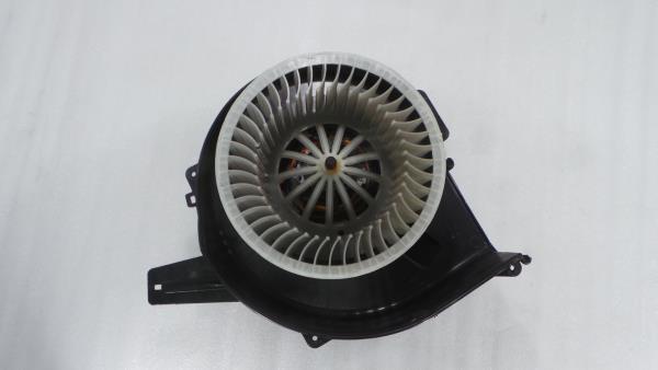 Motor da Sofagem AUDI A1 (8X1, 8XK)   10 - 18