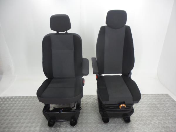 Conjunto de bancos / Sem Airbags RENAULT MASTER III Caixa (FV)   10 -