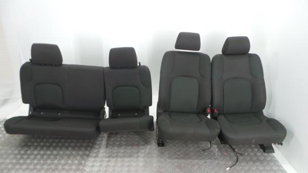 Conjunto de bancos / Sem Airbags NISSAN NP300 NAVARA (D40) | 04 -