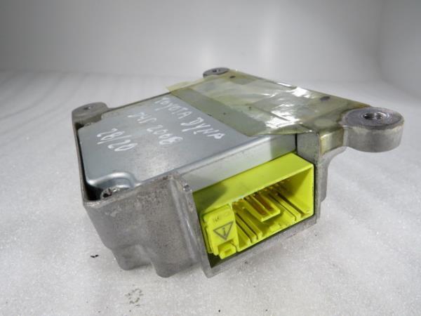 Centralina do Airbag TOYOTA DYNA Camião de plataforma/chassis (KD_, LY_, _Y2_, _U3_, _U4_)   01 -