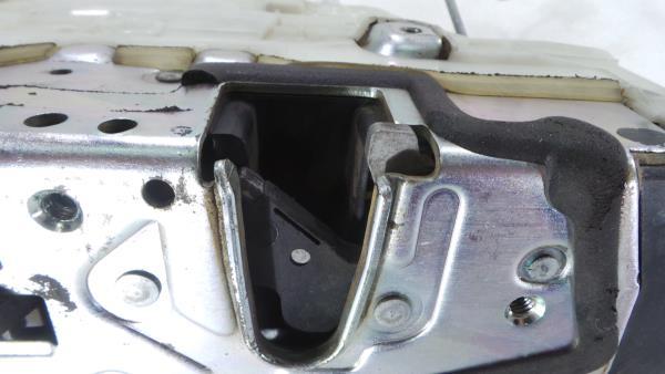 Fecho da Porta Trás Dto MERCEDES-BENZ S-CLASS (W221)   05 - 13