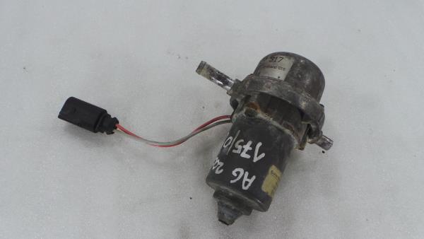 Bomba de Agua Auxiliar AUDI A6 (4F2, C6)   04 - 11