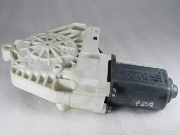 Motor Elevador Frente Esquerdo AUDI Q3 (8UB, 8UG) | 11 - 18