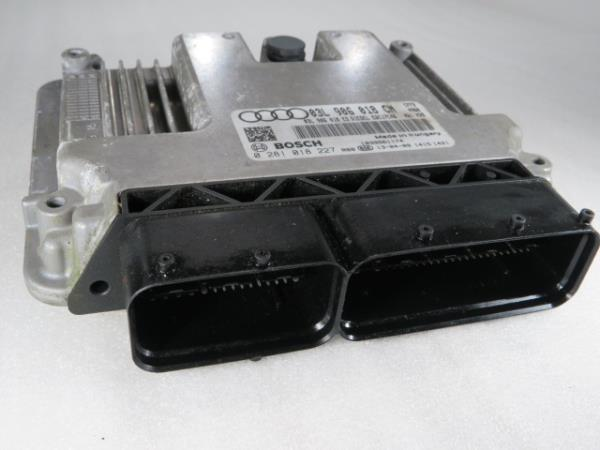Centralina do Motor   ECU AUDI Q3 (8UB, 8UG)   11 - 18