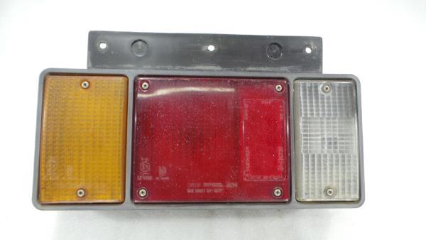 Farolim Tras Esquerdo ISUZU ELF Camião de plataforma/chassis (NKR7_, NKS7_, NHR6_, NKR6 | 92 - 03