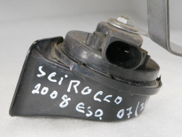 Buzina VOLKSWAGEN SCIROCCO (137, 138)   08 - 17