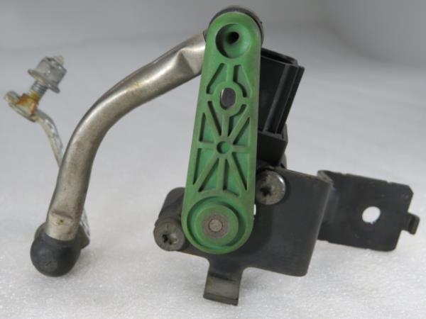 Sensor da Suspensao VOLKSWAGEN SCIROCCO (137, 138) | 08 - 17